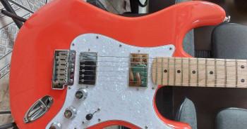 Guitarra Strato Tg530 Modificada